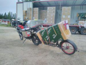 lasta och köpa isolering med motorcykel